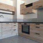 Réalisation cuisine en bois et plan de travail anthracite moderne - Cuisines Debard